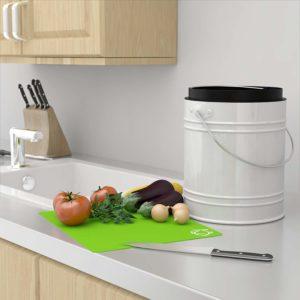 Le seau a compost de Cooler Kitchen